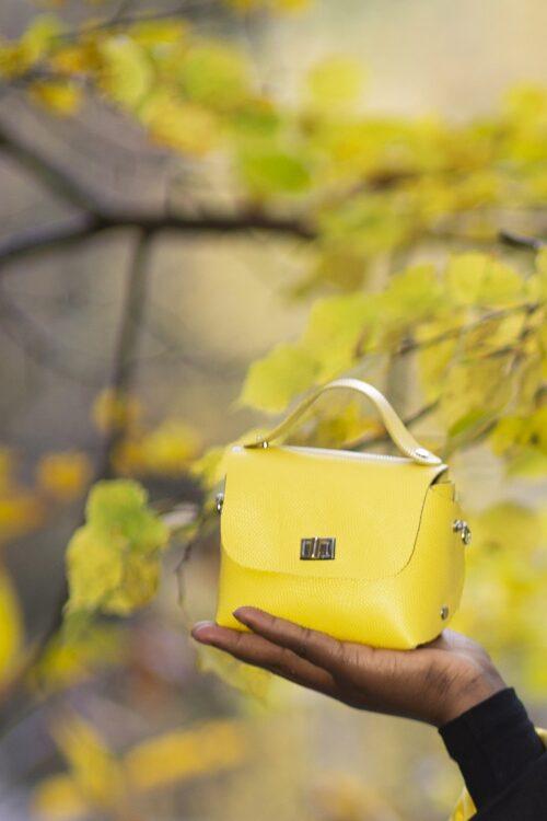 Mini bag da polso giallo limone