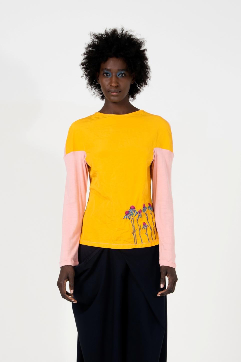 Camicia senza abbottonatura con ricamo personalizzabile